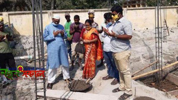 পাইকগাছায় পল্লী সঞ্চয় ব্যাংকের নতুন ভবনের নির্মাণ কাজের উদ্বোধন